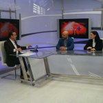 """A punto de iniciar mi entrevista en """"Un día +"""" en el @eldiatv con @enriquehuno y @moisesgrillo https://t.co/IZCNCAnIIc"""