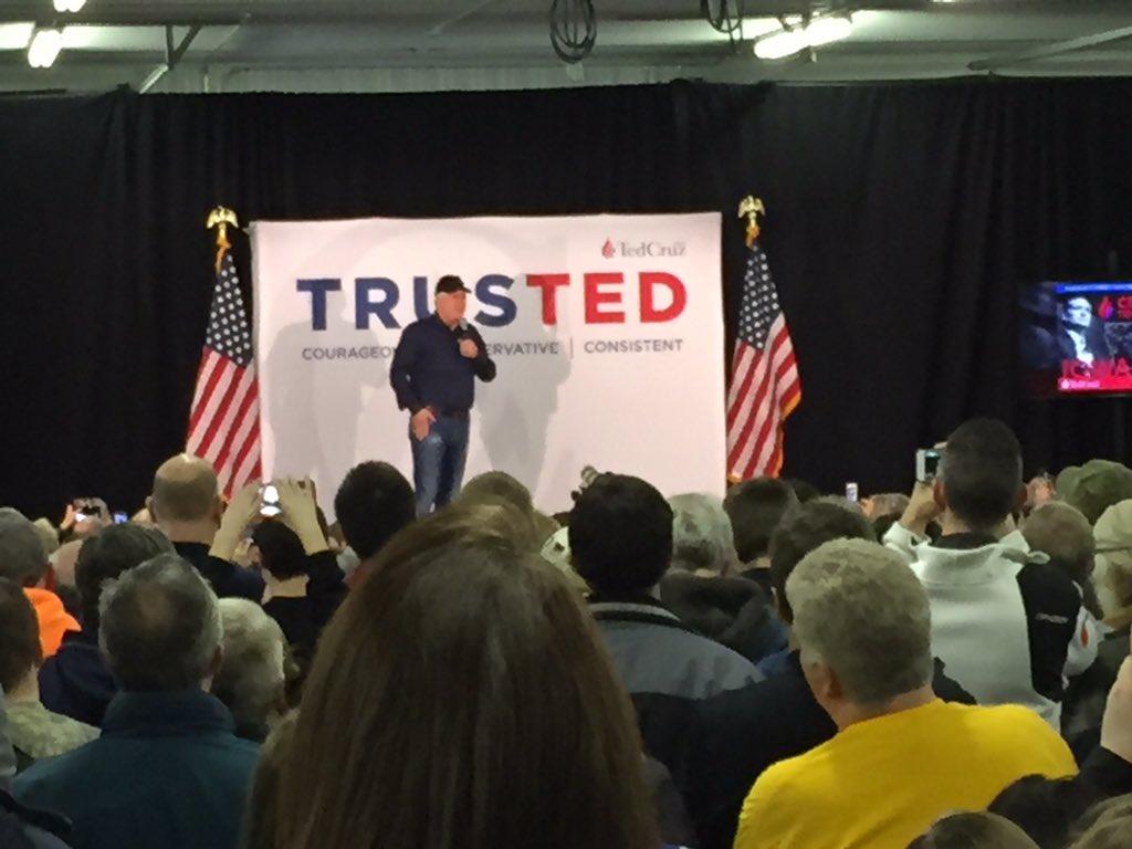 ".@glennbeck speaks for @tedcruz ""we are here for the constitution"" #news3 https://t.co/jlcIwtScnf"