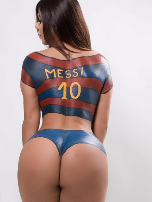 RT @24HorasMx: Miss Bumbum honra a #Messi con un 'body paint'. https://t.co/5bys6TEB5u https://t.co/IHhKoayxgc