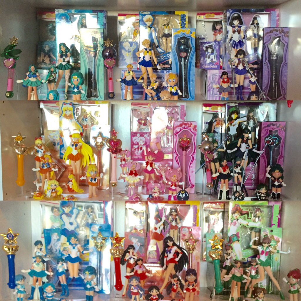 Senshi collections :D #sailorMoon https://t.co/7qLT94vZNc