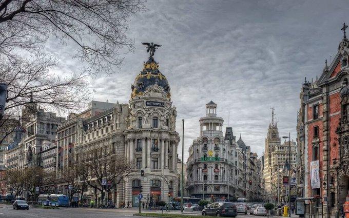 RT @MadriTuYo: Buenos días #FelizLunes llega febrero y #Madrid no para https://t.co/yVW9DFww4R