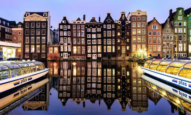 Amsterdam is ranked Europe's 8th most popular city for tourists by @Euromonitor https://t.co/GzmGB4BSV2 https://t.co/iUt7ClP8bB