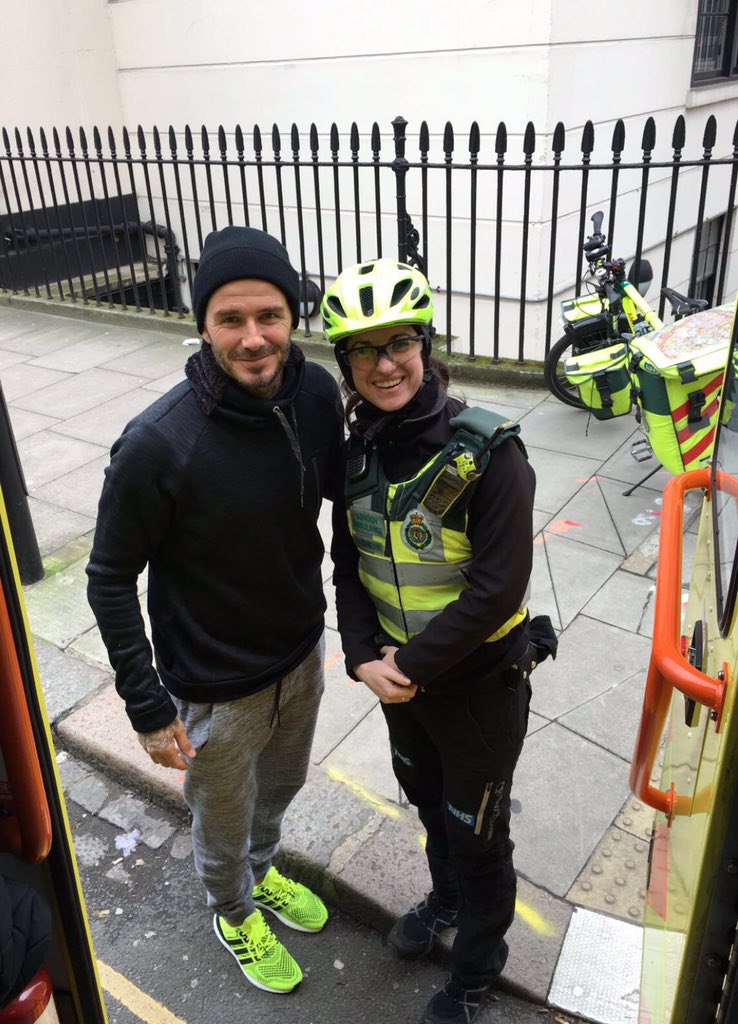 Thank you David Beckham for buying a tea and coffee for Cycle Paramedic Catherine and her patient #buyitlikebeckham https://t.co/IFvnwuGSJI
