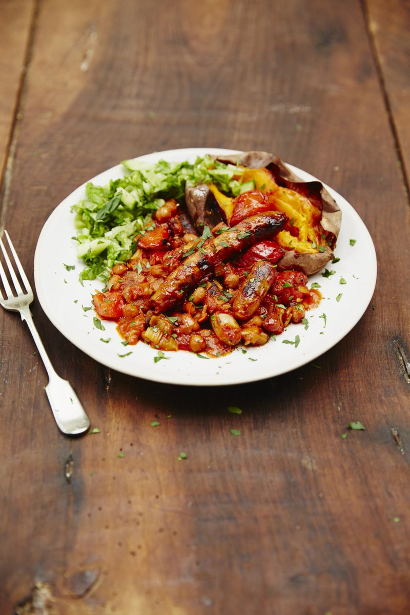 .@Jools_oliver_'s comforting sausage & smoky bean casserole is today's #RecipeOfTheDay! https://t.co/1GouOiqAfJ https://t.co/xb9k0ozeLa