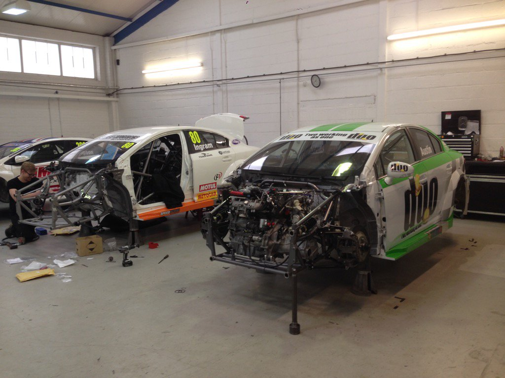 Two @DunlopBTCC Avensis being built up @SpeedworksMS https://t.co/SJozN2Sik0