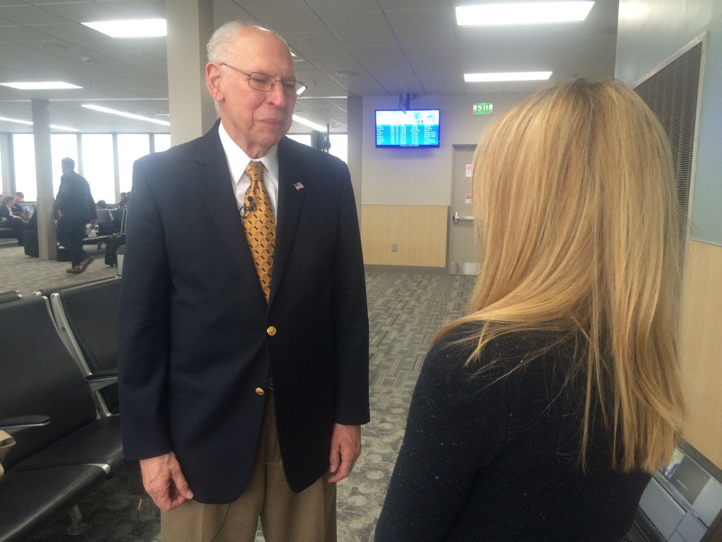 Just interviewed Rafael Cruz , @tedcruz father, at the airport. He is thrilled for his son @NBCDFW #Decision2016 https://t.co/TV0hGZwHeq
