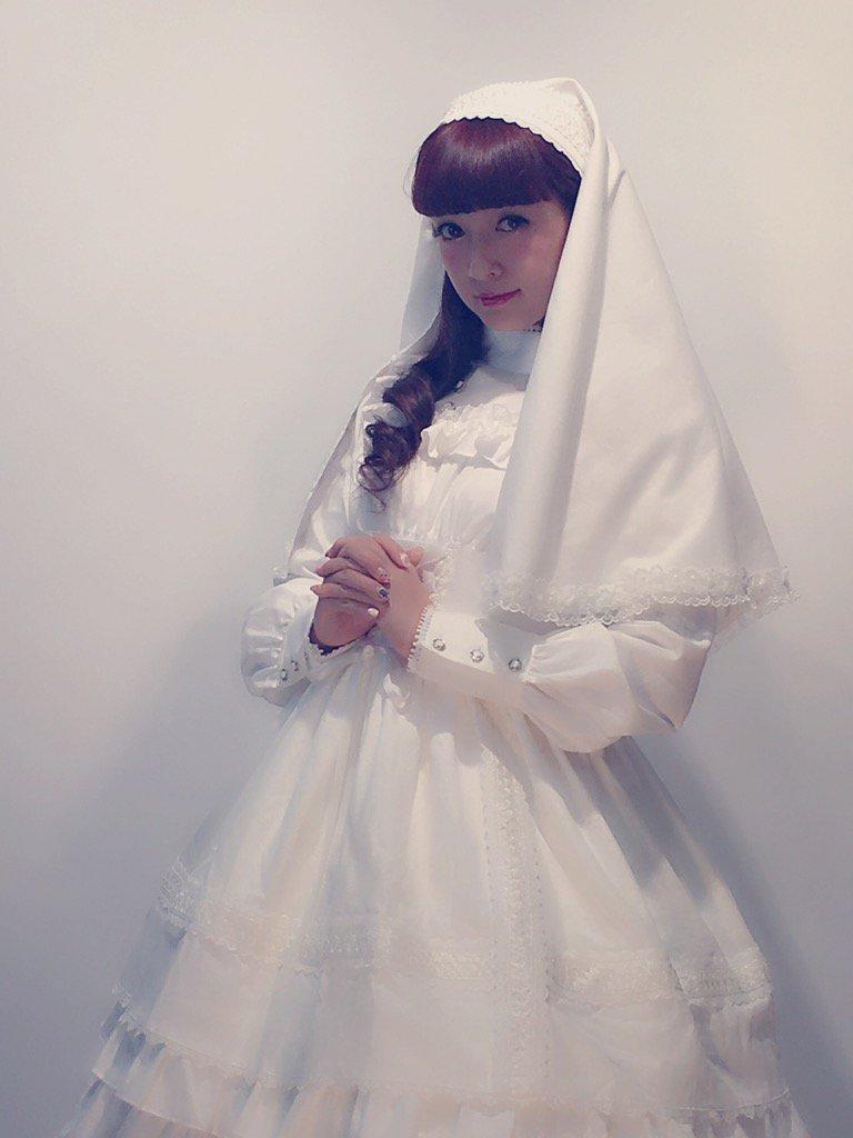 パイレーツさんのお洋服❤️修道女みたいでかわいい、クラシカル❤️ https://t.co/SKfHmxBbAs