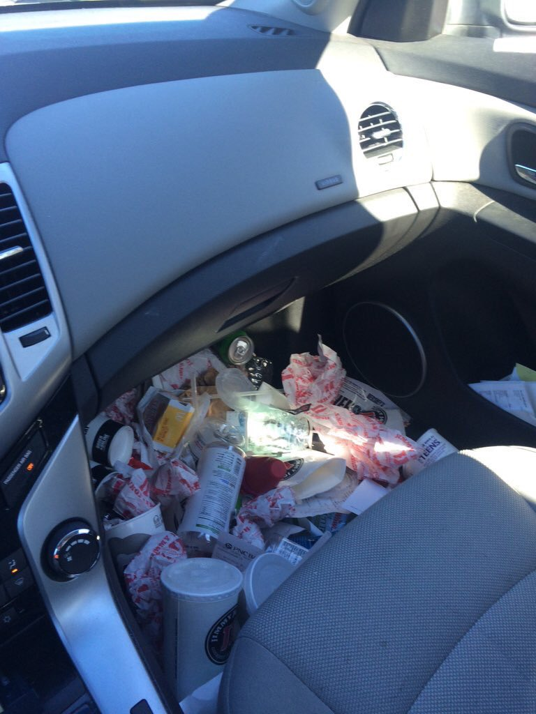 This is normal for a woman's car RT @NourAbuSafe: If your car look like this I wanna spit on you https://t.co/twpTSl8rbS