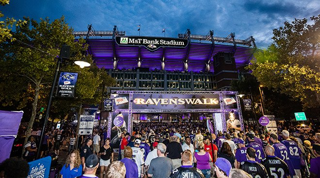 Don 39 t mess with the nest our stadium experience has been for Restaurants m t bank stadium