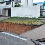 [Fotos] Alcaldía alegó #EstaSemana no tener presupuesto para reparar esta cárcava en #PZO. https://t.co/I6F8UdSxqw. https://t.co/PiPCY3svVx
