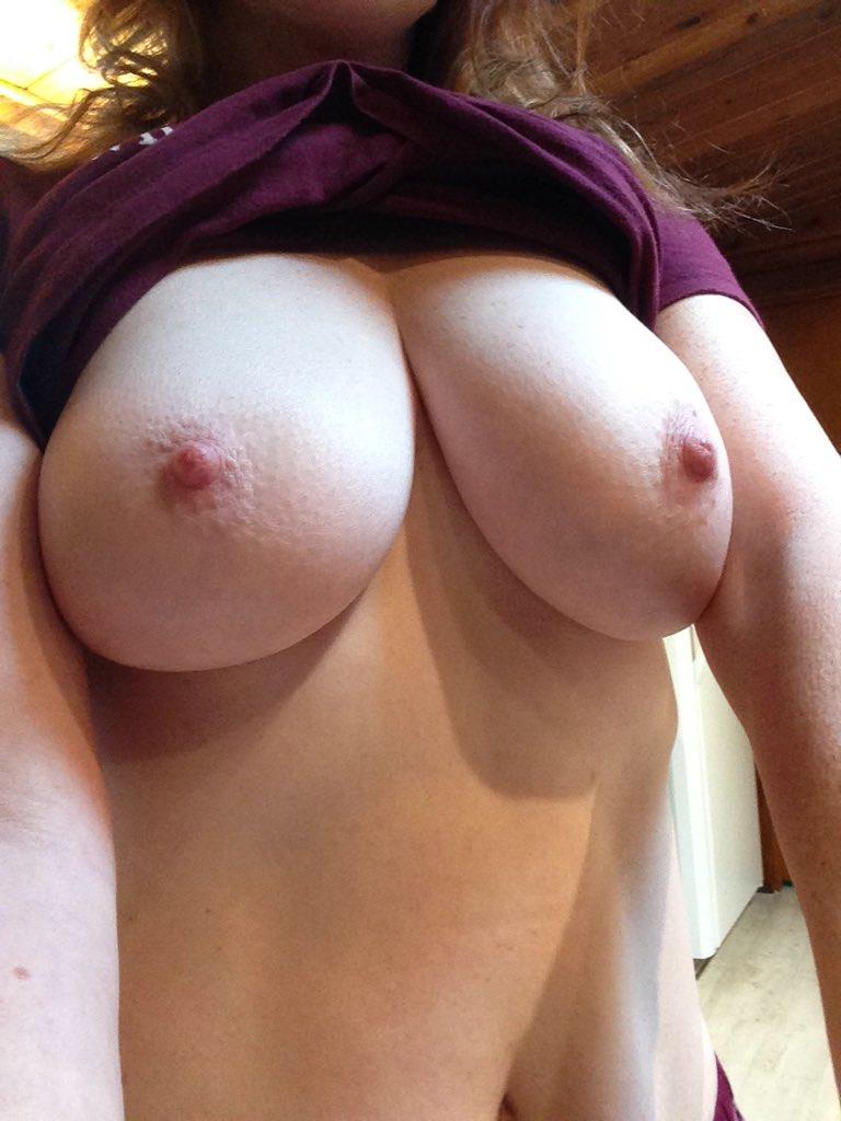 Good morning #titties! wf0roXK1nz