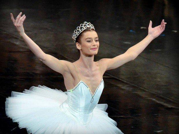 RT @MinistereCC Aurélie Dupont succède à @B_Millepied à la tête du @BalletOParis @operadeparis > https://t.co/kogvn2TZL6 https://t.co/0AXTUQmlpD