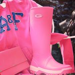 #FreebieFriday RT & Follow @GrubsBoots for a chance to #WIN a pair of these #pink #Rainline Boots! #ValentinesDay https://t.co/L4SnMHjEU5