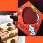 Follow us & RT for a chance to win a slice of our PB Fudge and a Reeses PB Heart. 😍 #FreebieFriday https://t.co/VEyqKcUBbz