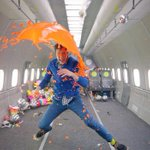 How @OKGo shot a video in zero gravity https://t.co/sYyjJLeT6B https://t.co/2ipZCeMihh