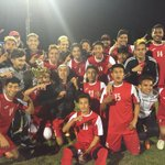 Hueneme High boys soccer celebrates with the Juarez Cup, earned by the winner of the CI-Hueneme rivalry @hhs_viking https://t.co/ufSC6wI0Iu