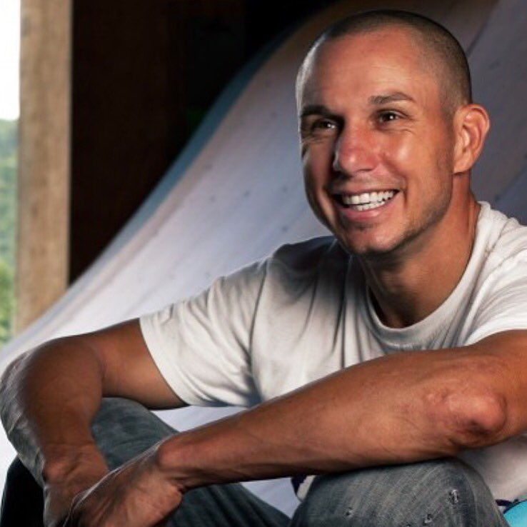 Goodbye Dave Mirra, a true pioneer, icon and legend. Thank you for the memories... we are heartbroken. https://t.co/RHpTe7Qzwi