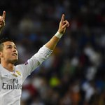 Joyeux anniversaire à Cristiano Ronaldo qui fête aujourdhui ses 31 ans ! https://t.co/sf8xsTi6sW