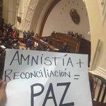 Esta lucha es por la libertad de todos los Venezolanos que quieren vivir y morir en Venezuela #AmnistíaYa https://t.co/kOIeyhBOtb