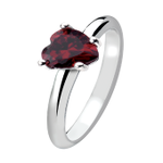 Happy #FreebieFriday just RT and follow for a chance to win our Queen of Hearts ring! #competition https://t.co/xUobp1uoWw