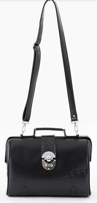 『ヤングブラックジャック』のコラボバッグ!! ドクターバッグをデイリー使いにデザインしたバッグはショルダー付きなので2W
