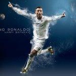 ¡Feliz cumpleaños @Cristiano! ¡Nuestro máximo goleador cumple hoy 31 años! 🎁🎉🎂  🎥 https://t.co/HuvBrLqThf 🇵🇹 https://t.co/slDmj8Yoxd