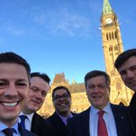 Parliament Hill w/ Big City Mayors incl @nenshi @doniveson @JohnTory & @MikeSavageHFX for mtg w/ @JustinTrudeau. https://t.co/atFl4ofpQ8