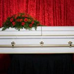 Wife crashes her own funeral — horrifying husband who paid to have her killed https://t.co/qqCpPl5Z86 https://t.co/clcoSCVfjm