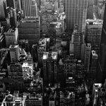 Опубликовано видео, как на Манхэттене упал башенный кран (видео) https://t.co/QyczQXsnnF https://t.co/MPPUOzx5Og
