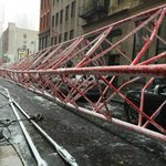 Update: One dead, at least fifteen injured after terrifying crane collapse in NYC: https://t.co/WtdQSyZOYu https://t.co/jn3uGUbxZq