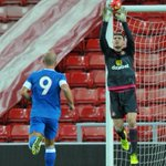 Sunderland keeper secures contract extension #safc https://t.co/v6UMH0Kwp0 https://t.co/q4uQIinlWJ