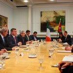 جلالة الملك عبدالله الثاني يلتقي رئيس الوزراء الإيرلندي، إندا كيني #الأردن #Jordan https://t.co/V3XtfVuOtb