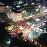 Uma multidão compareceu ontem ao Largo do Atheneu. A foto abaixo mostra um pouco da dimensão. https://t.co/YnnP58nIcI