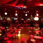 Linauguration de @StrasMonAmour va bientôt commencer ! RDV à 21h pour le grand public place Kléber #strasbourg https://t.co/xqoLLEBXx0