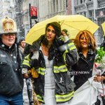 .@FDNY chaplain rushed to help a bride get married after the #cranecollapse https://t.co/a7gtJ1Kl5S https://t.co/gxhVNMURg1