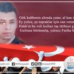 Trabzon Şehit Ünal Bıçakçıya ağlıyor... Hakkını helal et yiğidim... Kabrin nur, mekanın cennet olsun... https://t.co/0fzjgBgR6o