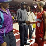 This is quite a photo. Young Steph Curry meets Durant, Westbrook. #Thunder (via @NewsOKSports) https://t.co/RlBvw3mJNb