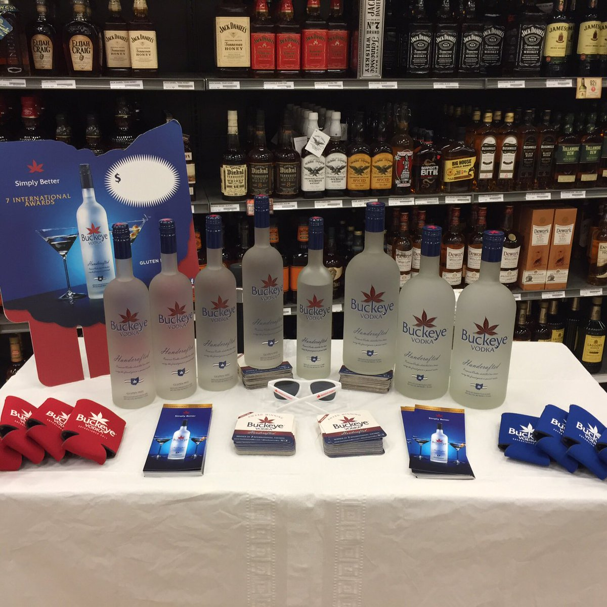Stop by Giant Eagle on Transportation Blvd. in Garfield Heights - right now and have a taste of #BuckeyeVodka https://t.co/svsVwd3RCR