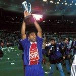 Joyeux anniversaire Patrice LOKO! Notre ancien buteur (36 buts entre 1995/98) fête aujourdhui ses 46 ans. #PSG https://t.co/eY52WIMkUi