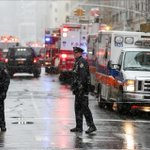 [Galeri] New Yorkta inşaat vinci devrildi: 1 ölü, 2 yaralı https://t.co/bkejsJdgV9 https://t.co/olCWRpZtVv