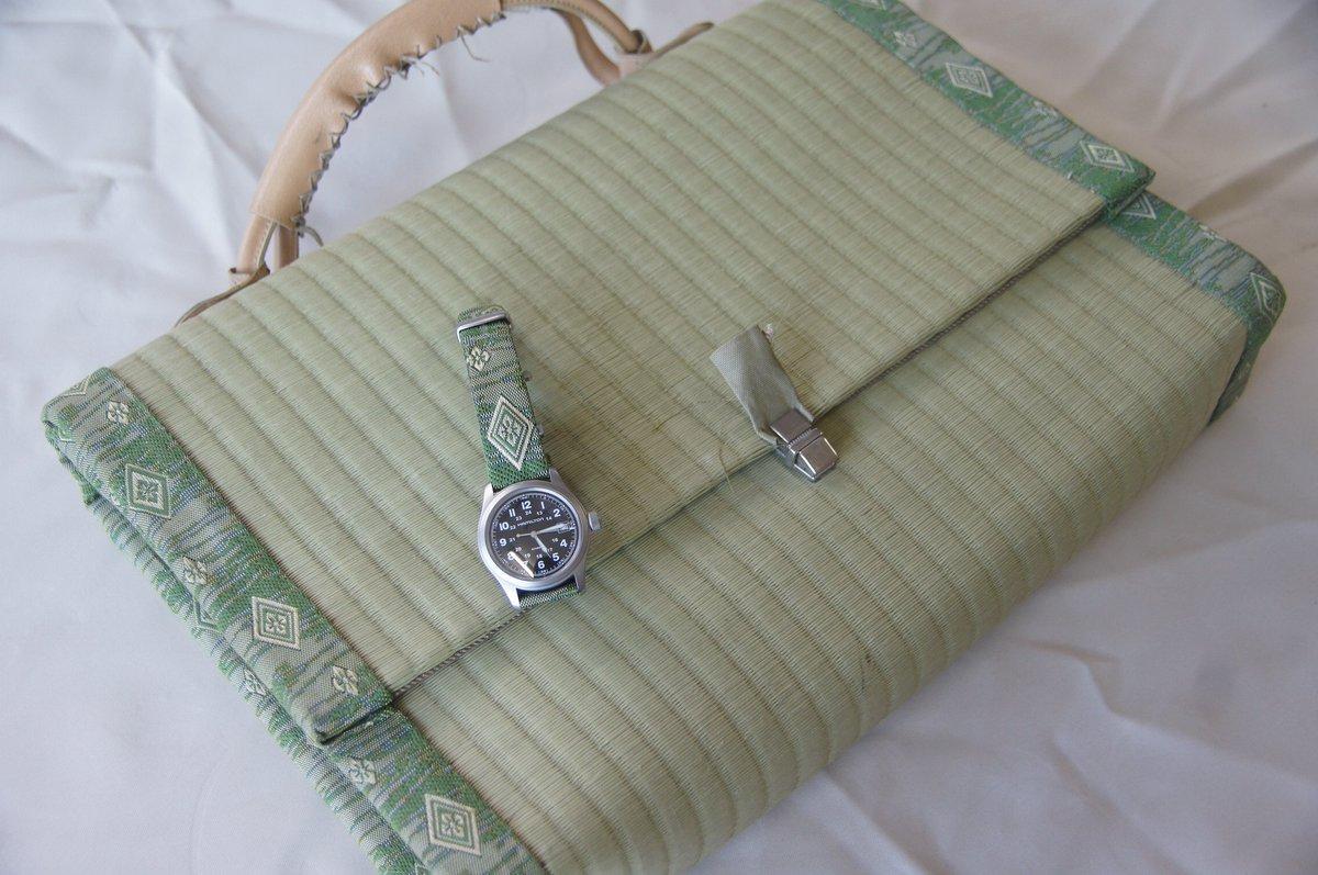 伊藤たたみ店の営業ツールです畳の鞄と時計のベルト かっこいいーー https://t.co/Ytfoz6O2SN https://t.co/EKlbU43o4U
