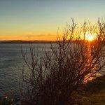 Siguen los amaneceres espectaculares en Cantabria. El de hoy sábado fue así... https://t.co/oh4pL7YF0n