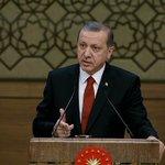 Cumhurbaşkanı Erdoğan: Teröristlerin elinde Batının silahları var https://t.co/XOFSeEhBgz https://t.co/btiEmUpU1A