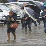 Galicia, en alerta naranja por viento y lluvias intensas https://t.co/Rdh81QZoDU https://t.co/rQxNZICOCW