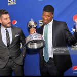 Heres a photo of Bucs QB Jameis Winston with @JessePalmerABC at Pepsi Rookie of the Year announcement. @GettyImages https://t.co/9BFK22kCRh