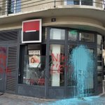 #manif anti #NDDL à #Rennes. Les banques particulièrement visées https://t.co/SEs3NvimtB