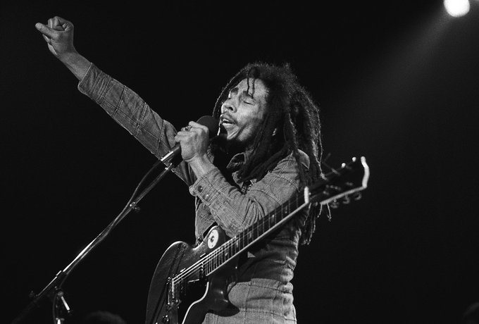 ""\""""One good thing about music, when it hits you, you feel no pain."""" Happy birthday Bob Marley! <3""680|460|?|en|2|7d4ef231c3aee544d3f722f16894acea|False|UNLIKELY|0.3309139311313629