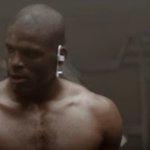 .@1future unveils Cam Newton's latest @beatsbydre ad ahead of Super Bowl 50???????? https://t.co/exdAs33RN3 https://t.co/xaVggPUcfA