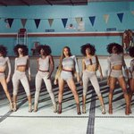 Beyoncé looking absolutely perfect in this #Formation still! https://t.co/4H2FkmszN5