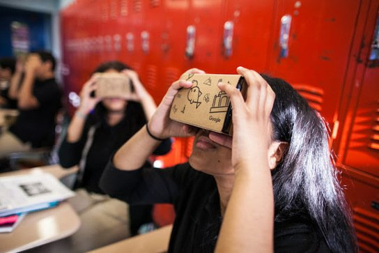 10 iPhone Apps to Explore Virtual Reality w/ Google Cardboard https://t.co/7llCFAI5Uj https://t.co/puZi9jW91l